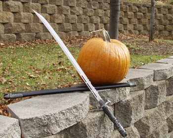 Pumpkin and unsheathed katana - 1.4M